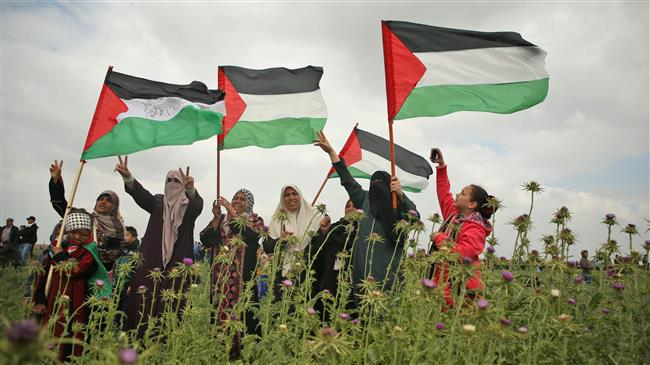 Photo of Gazans defy zionist tanks, snipers in 'Great March of Return'