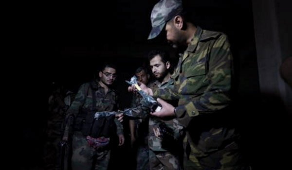 Photo of Syrian Army Discovers Documents Proving Terrorists' Activities to Make Chemical Weapons in Douma