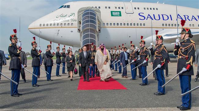 Photo of Zionist Saudi crown prince in Paris for arms, other deals