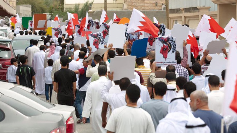 Photo of Bahrainis stage anti-regime protests ahead of F1 races