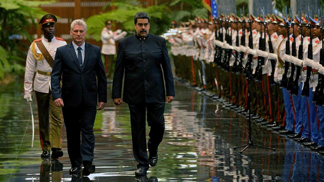 Photo of Venezuela's Maduro becomes first leader to meet Cuba's new president