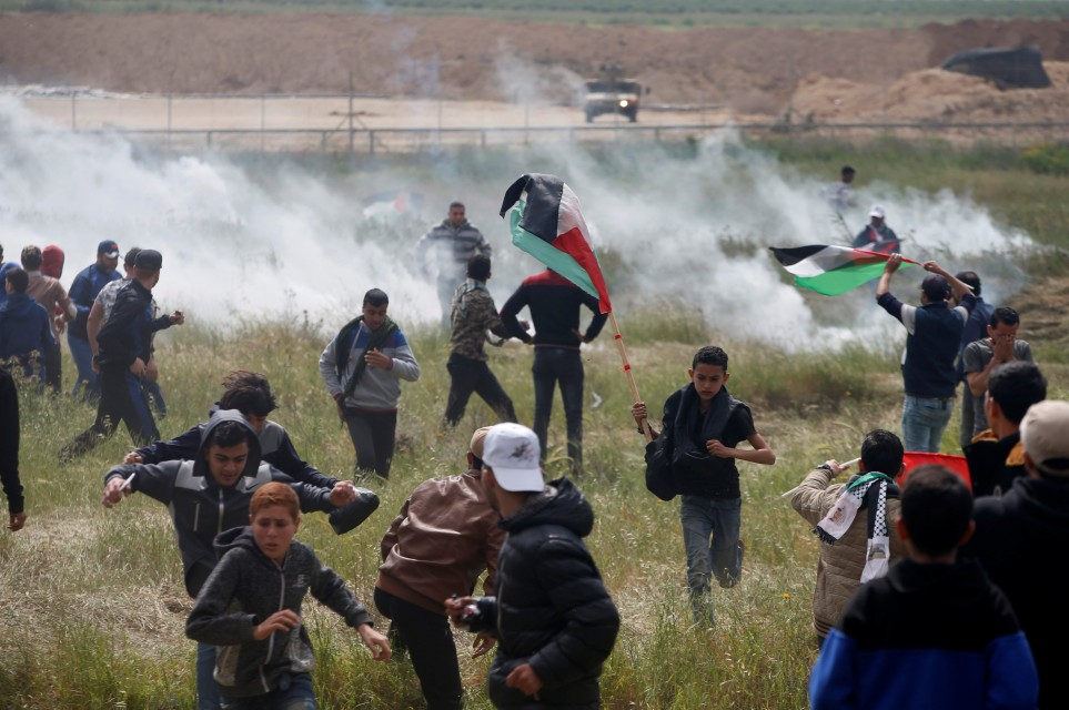 Photo of Zionist Occupation Forces Kill Palestinian, Injure Number of Others during Return Protests in Gaza