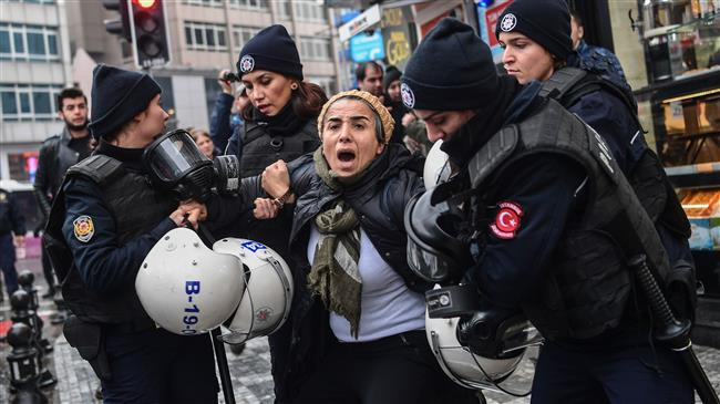 Photo of UN human rights chief calls on Turkey to end state of emergency