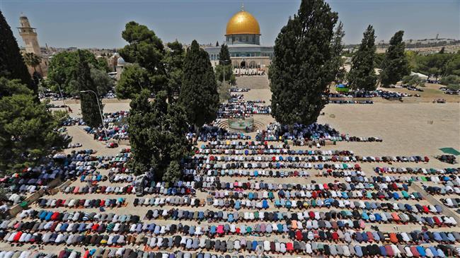 Photo of Palestinians boycott Iftar meals offered by UAE, Saudi, Bahrain