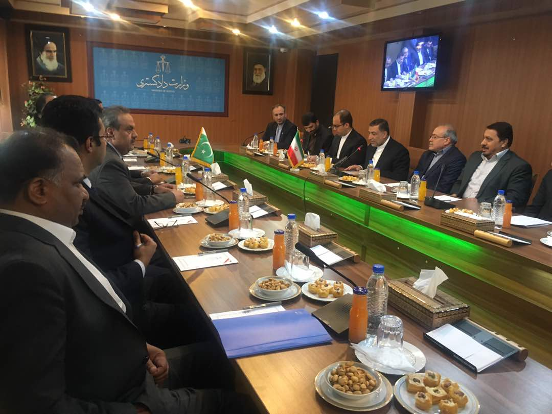 Photo of Minister: Iran, Pakistan stand together in int'l circles