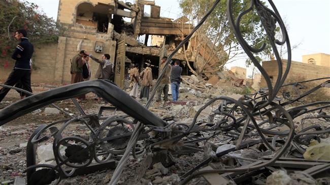 Photo of SAVAGE: Nine people killed, nearly dozen injured as zionist Saudi-led jets hit bus in Yemen