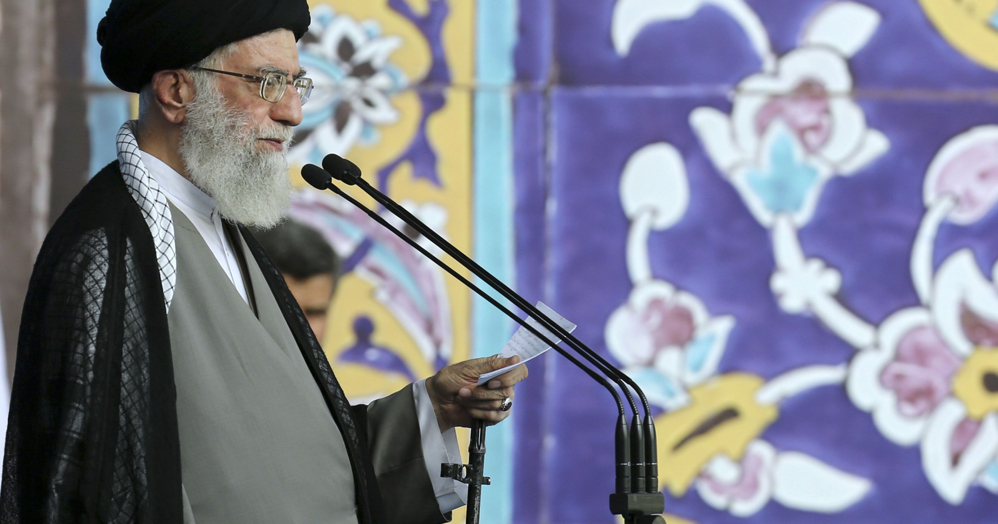 Photo of Leader of Islamic Ummah and Oppressed Imam Ayatollah Khamenei: Illegitimate regime of israel will not last