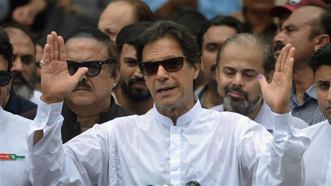 Photo of Pakistani Imran Khan wins vote without any majority
