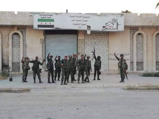 Photo of PHOTOS: First scenes of Syrian troops raising flag over strategic Jordanian crossing
