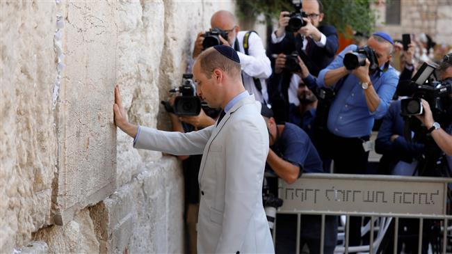 Photo of Zionist British Prince visits occupied Palestinian territories