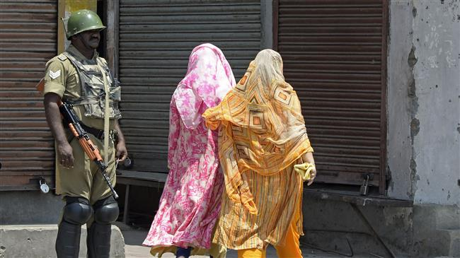 Photo of Kashmir goes under Indian curfew amid tensions