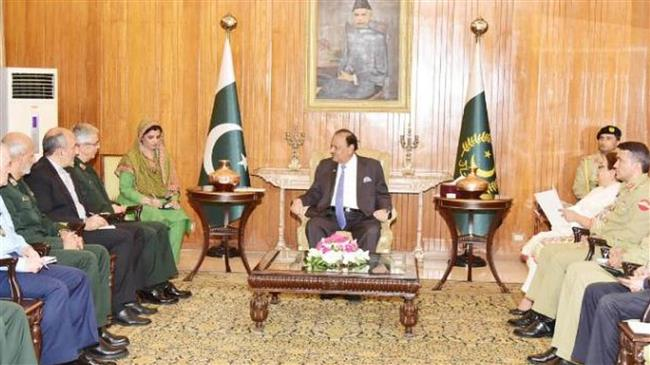 Photo of Iran, Pakistan to jointly produce defense equipment: Top general