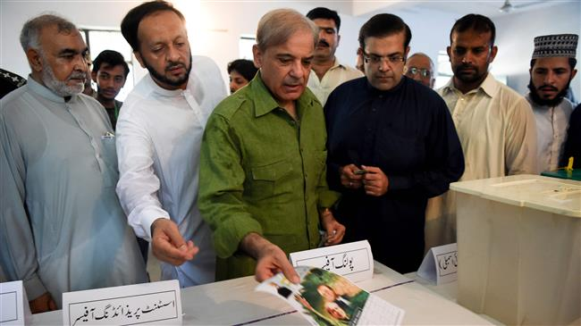 Photo of Pakistan votes amid tight security, rigging fears