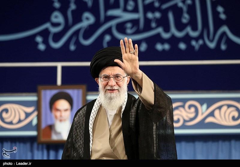 Photo of Leader of Islamic Ummah and Oppressed Imam Ayatollah Khamenei Grants Clemency to 615 Iranian Prisoners