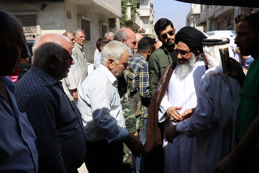 Photo of Imam Khamenei's Rep. in Syria Inspects Temporal Resort of Foua & Kefraya Refugees in Homs