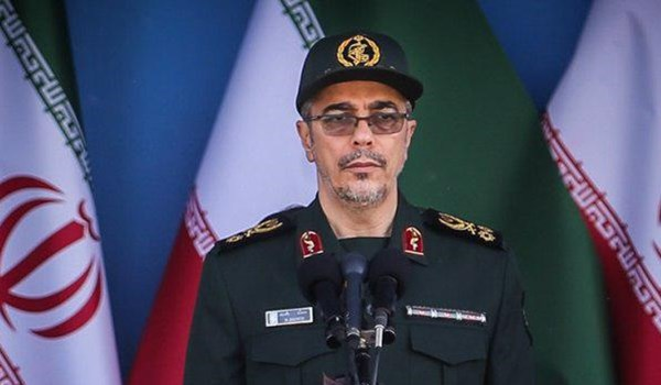 Photo of Iran's Top Commander Lauds IRGC's Successful Missile Strikes against KDP-I Terrorists