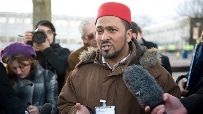 Photo of UK imam fired for anti-Saudi comments