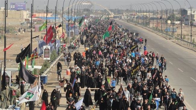 Photo of Millions of Imam Housein(as) lovers walking towards Karbala to mark Arba'een