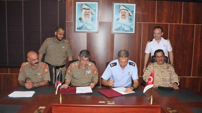 Photo of Turkey, Kuwait sign 2019 military cooperation agreement