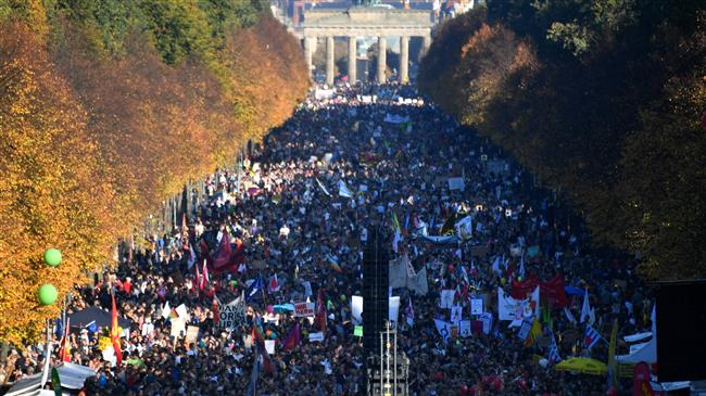 Photo of United against racism, Germans stage mass protest against far rights