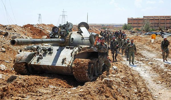 Photo of Syrian Army Intensifies Efforts to Cleanse ISIL from Badiyeh of Deir Ezzur