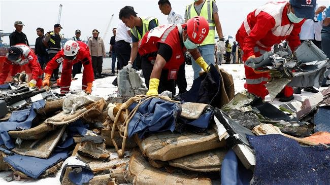 Photo of Indonesia checking black box for clues to plane tragedy