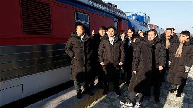Photo of South Korea train enters North for first time in a decade