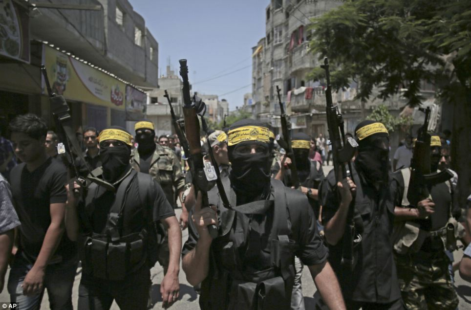 Photo of Hamas warns against normalizing ties with Zionist regime