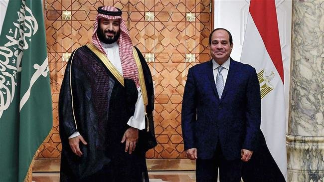Photo of Zionist puppets Bin Salman, Sisi encouraging Arab leaders to normalize ties with Israel: Report