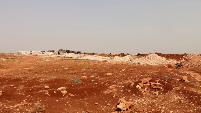 Photo of Intense clashes breakout along Idlib DMZ as Syrian troops launch new attack