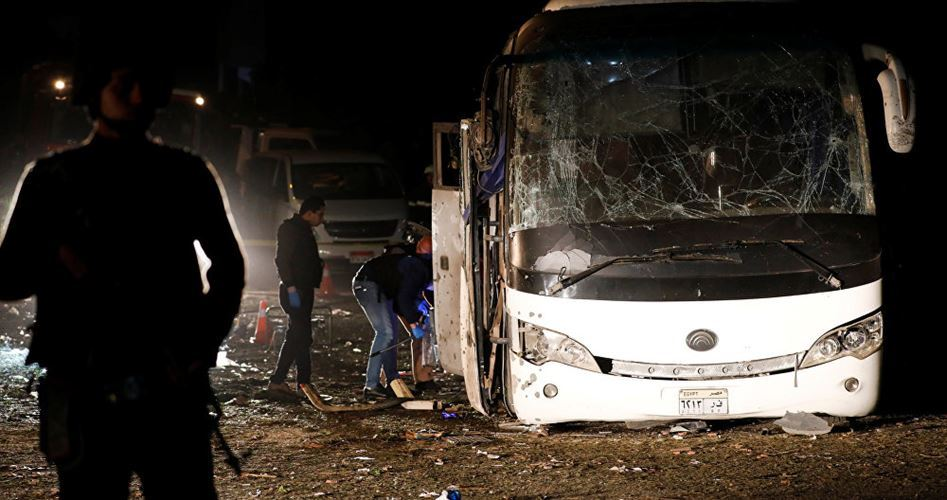 Photo of Hamas deplores bomb attack on tour bus in Egypt