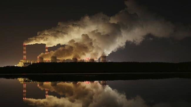 Photo of Global carbon emissions to hit record levels in 2018, scientists warn