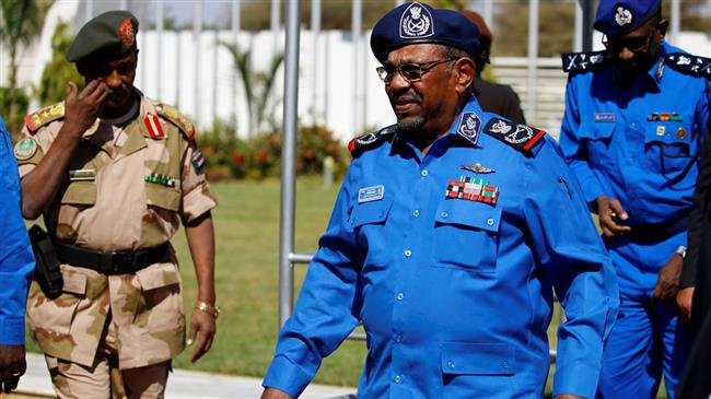 Photo of Sudan's hypocrite Bashir denies Netanyahu's claim of airspace access for israel-bound flights