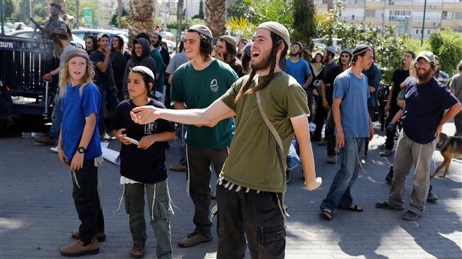 Photo of Five Palestinian families face eviction in favor of zionist settlers