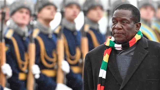 Photo of Zimbabwe's Mnangagwa skips Davos forum over unrest, vows probe into crackdown