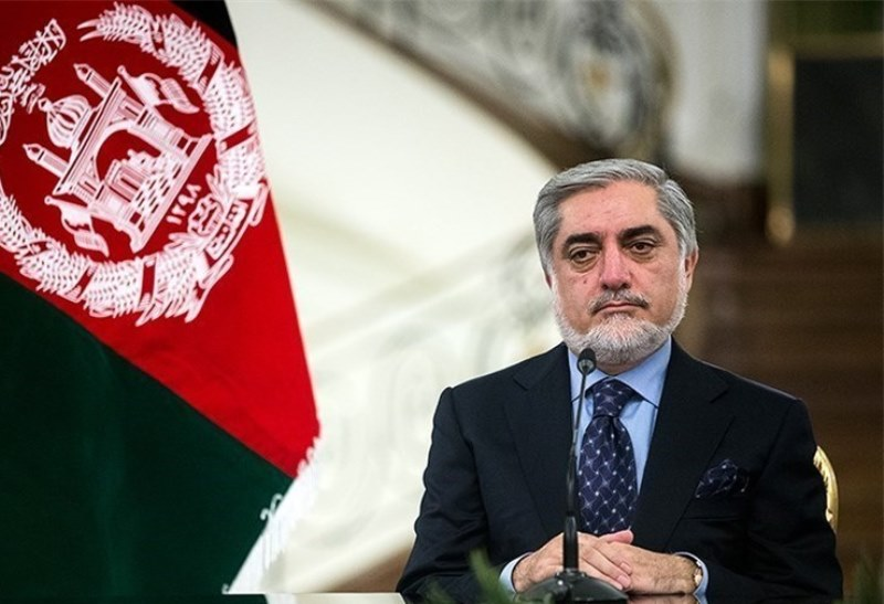 Photo of Afghan official praises Iran's stance on peace process