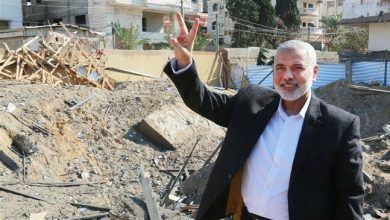 Photo of Hamas leader Haniyeh says Palestinians will not give up resistance