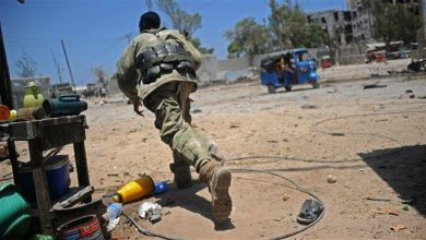 Photo of Al-Shabab attacks Somali government building in Mogadishu