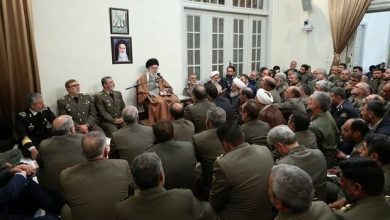 Photo of Leader receives Iran Army commanders on threshold of Army Day