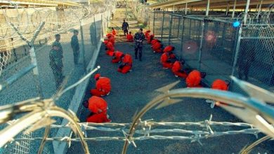 """Photo of Guantanamo prison commander fired due to """"loss of confidence in his ability to command"""""""