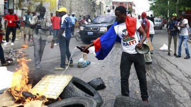 Photo of Clashes hit Haiti as protesters urge president to resign