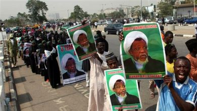 Photo of Western-puppet Nigerian army opens fire on protesters demanding release of Sheikh Zakzaky