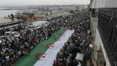 Photo of Mass protests continue in Algeria against presidential vote