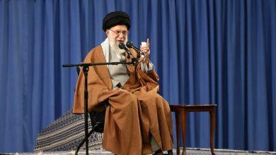 Photo of Leader of the Islamic Ummah and Oppressed Imam Sayed Ali Khamenei condoles demise of Nasrallah's sister
