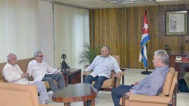 Photo of Venezuela, Cuba leaders meet in show of unity against 'enemy'