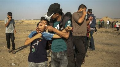 Photo of Zionist Israeli forces attack Palestinian protesters at Gaza border, 70 injured