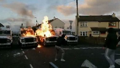 Photo of Disturbances in Derry following attempted bomb attack