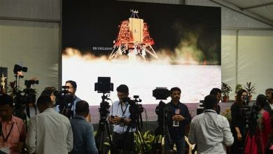 Photo of India loses contact with unmanned spacecraft trying to land on the Moon