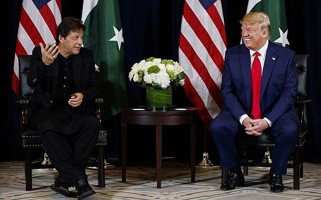 Photo of Imran Khan Says Both Trump, Bin Salman Asked Him to Mediate with Rouhani