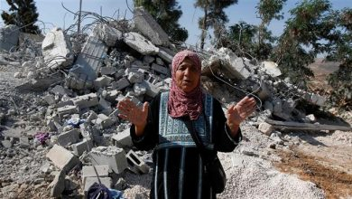 Photo of Zionist regime demolishes home of Palestinian man killed by regime's soldiers 8 years ago